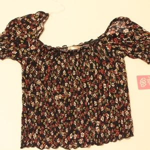 NWT HEART AND HIPS SHIRT